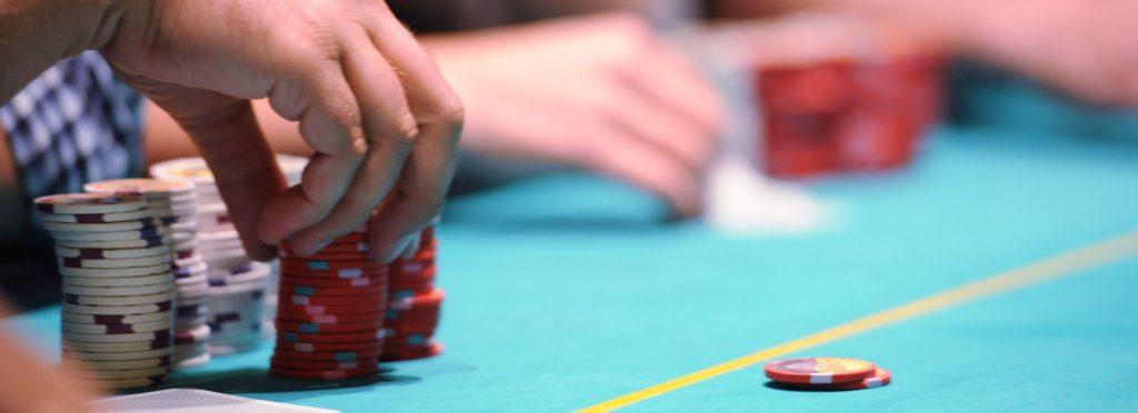 QQ Poker Game